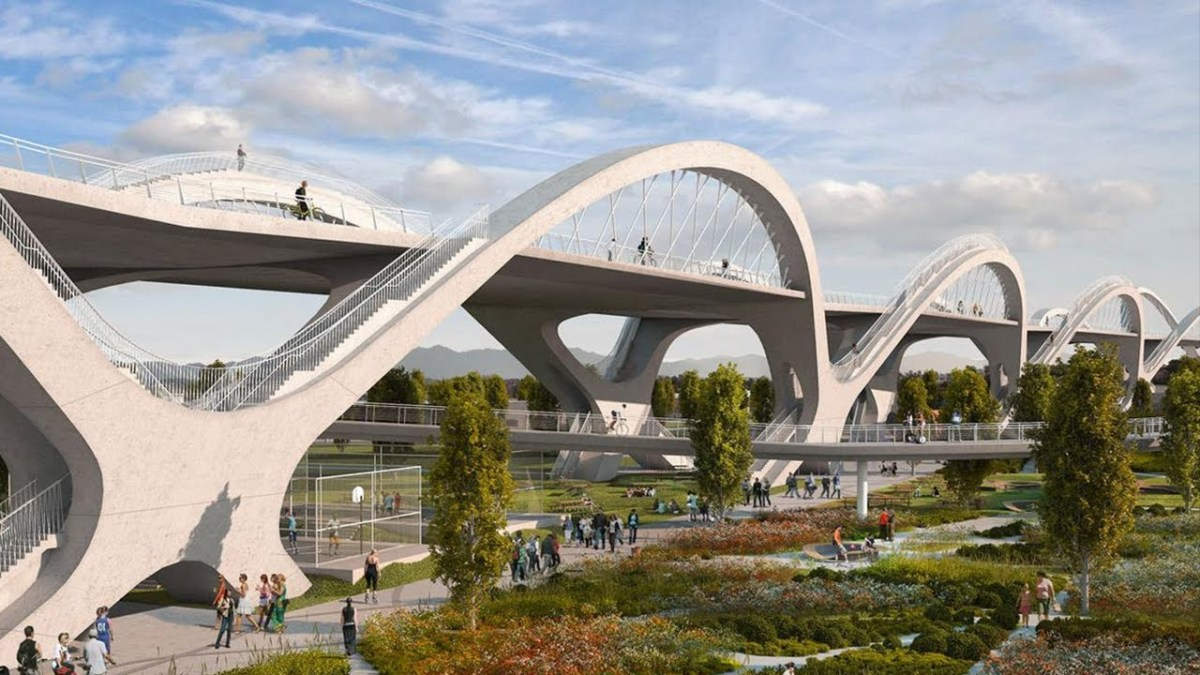 Bridge reengineering in Los Angeles: New design, anti-seismic measures, and new solutions for citizens